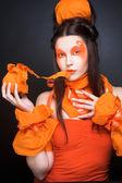 Menina laranja. — Fotografia Stock