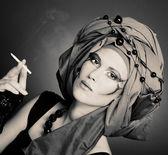 Smoking lady — Stock Photo