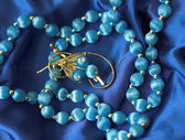 Necklace and brooch — Stockfoto