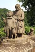 Monument Grandma with children — Stock Photo