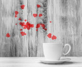 Mug lovers White cup warm hearts wooden background — Zdjęcie stockowe