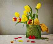 Still life bouquet tulips hearts — Stock Photo