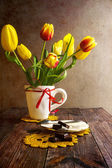 Still life bouquet tulips — Stock Photo