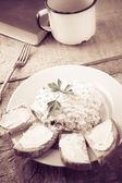 Hüttenkäse brot tasse frische milch vintage — Stockfoto