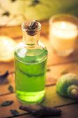 крупным планом ароматические массажные масла элемент оздоровительный — Стоковое фото
