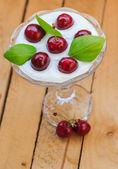 Cerezas de fruta de postre vista superior — Foto de Stock