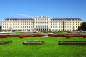 Schoenbrunn palace i wien — Stockfoto