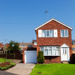 English house with garage — Stock Photo #20293413