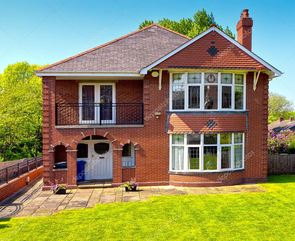 Tipica casa inglese foto stock wdgphoto 22625623 for Piani di casa cottage inglese