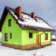 House in winter scenery — Stockfoto