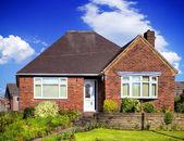 English garden home — Stock Photo
