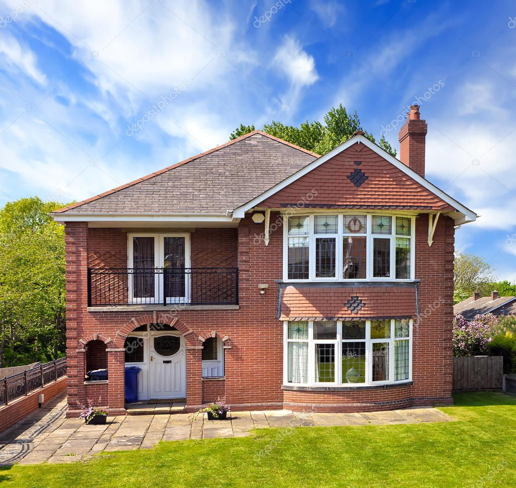 Una tipica casa inglese foto editoriale stock wdgphoto for Piani di casa cottage inglese