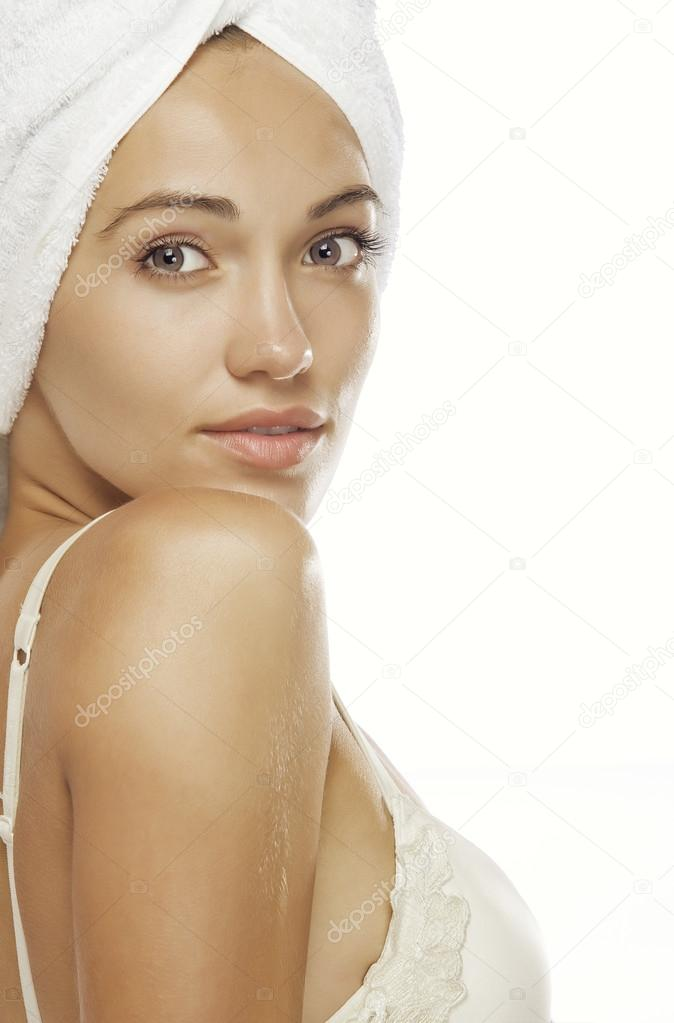 High key portrait of young beautiful woman on whit back — Stock Photo #12586303
