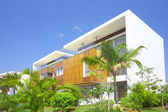 View of nice modern villa in tropic environment — Stock Photo