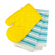 Kitchen towel and potholder — Stock Photo