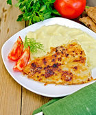 Fish fried with mashed potatoes — Stock Photo