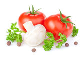 Two red tomatoes, fresh button mushrooms, parsley and allspice i — Stock Photo