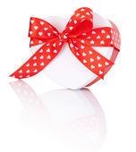 Heart Shaped Box Gift tied with ribbon with a bow Isolated on wh — Stock Photo