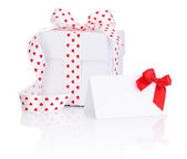 White box tied satin ribbon with heart symbol bow and Greeting n — Stock fotografie
