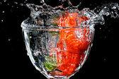 Wet, fresh strawberries — Stock Photo