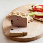 Pate & sandwiches on crispy bread — Stock Photo
