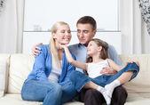 Famiglia senza problemi — Foto Stock
