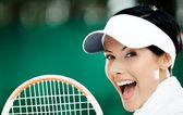 Genç bayan tenis oyuncusu yakın çekim — Stok fotoğraf