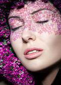Close up portrait of model makeup with eyes shut — 图库照片
