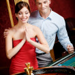 Couple playing roulette wins — Stock Photo
