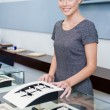 Salesperson at the window case with rings — Stockfoto