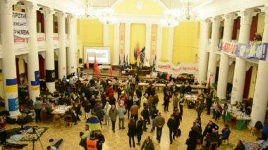 Kyiv City State Administration (Kyiv City Council), Euro maidan meeting, Kiev. — Stock Video