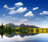 Mountain lake in Tatra Mountains — Stock Photo