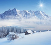 Winter in the mountain valley — Stock Photo