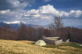 Camping in the mountains in spring  — Stock Photo