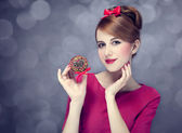 Redhead girl with cake. St. Valentine Day. — Stock Photo