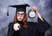 大時計と赤毛の学生 — ストック写真