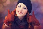 赤毛の若い女性の肖像画 — ストック写真