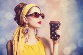 Mulheres ruivas com café. — Fotografia Stock