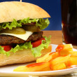 Burger, french fries and soda pop  — Stock Photo