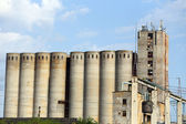 Old concrete silos — 图库照片