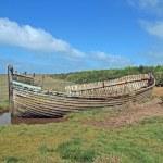 Abandoned fishing boat — Stock Photo #13928933