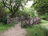The Chinese bridge in the grounds of Wimpole Hall. — Stock Photo