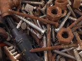 Tuercas y pernos oxidados. — Foto de Stock