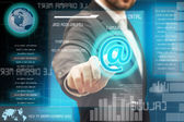 деловые люди, касаясь футуристический сенсорный интерфейс — Стоковое фото