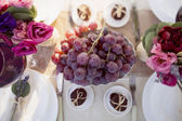 Decorated wedding table — Stock Photo