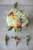 Wedding bouquet in a rustic style with boutonniere — Stock Photo