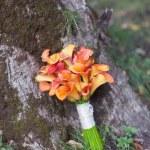 Wedding bouquet orange calla — Stock Photo
