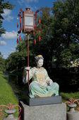 Sculpture of Chinese girls on the Big Chinese bridge. Tsarskoe Selo — Stock Photo