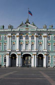 The Central entrance of the Winter Palace. Saint-Petersburg — Stock Photo