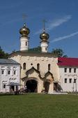 Kostel nanebevstoupení páně v klášteře uspenský tichvinský — Stock fotografie